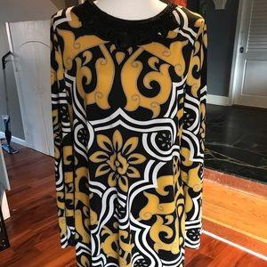 Lg sleeve dress w imitation jewels round neck line